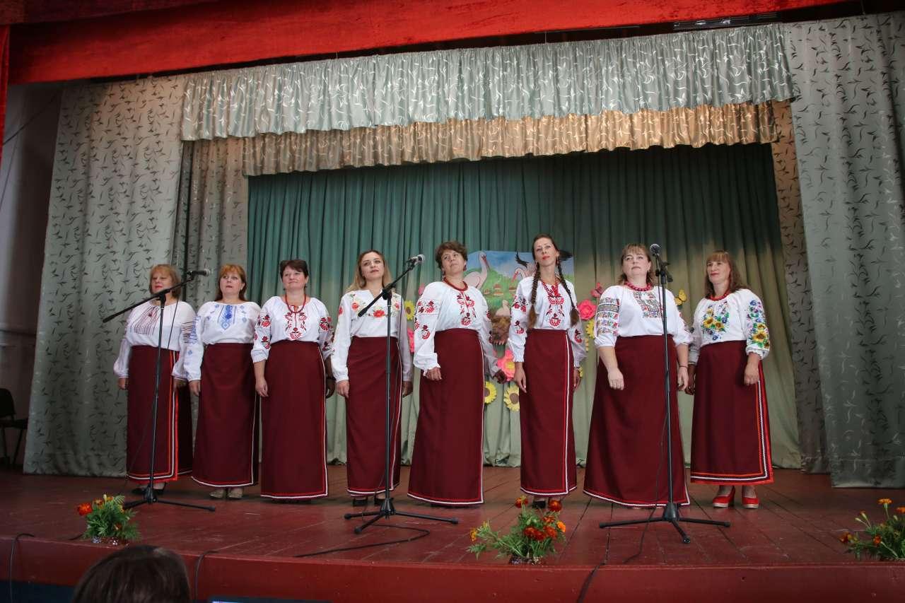 Святковий концерт у Василівському сільському клубі