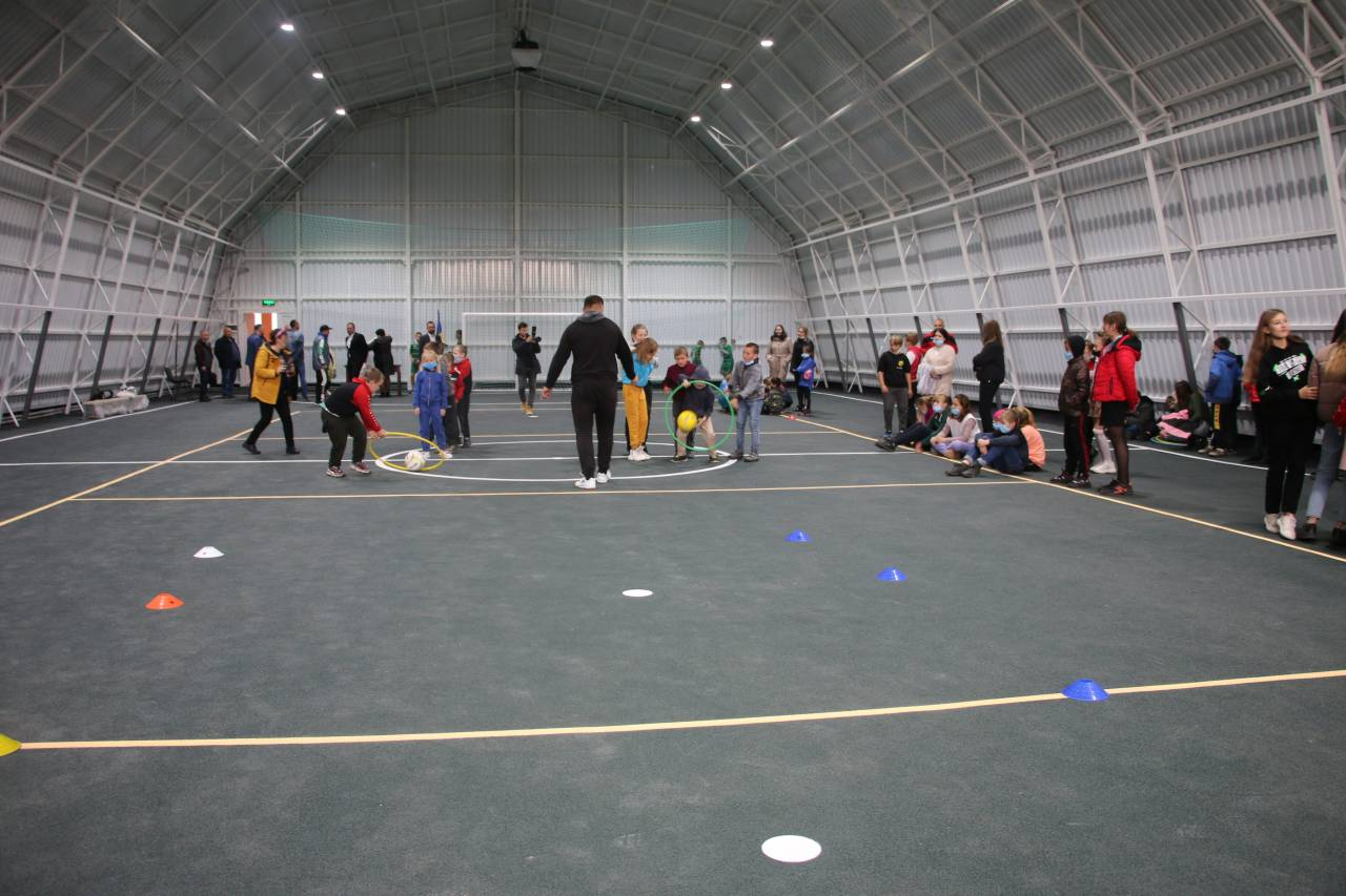 З нагоди відкриття спорткомплексу організували спортивну естафету